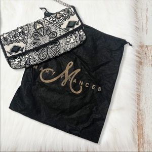 ✨MARY FRANCES✨ black and white beaded purse